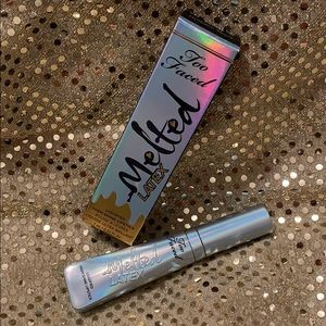 Too Faced Melted Laytex Unicorn Tears